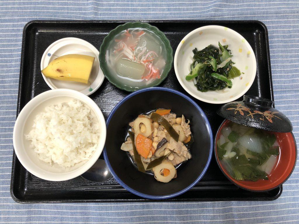 きょうのお昼ごはんは、大豆五目煮、生姜和え、とうがんのくずあん、みそ汁、くだものでした。
