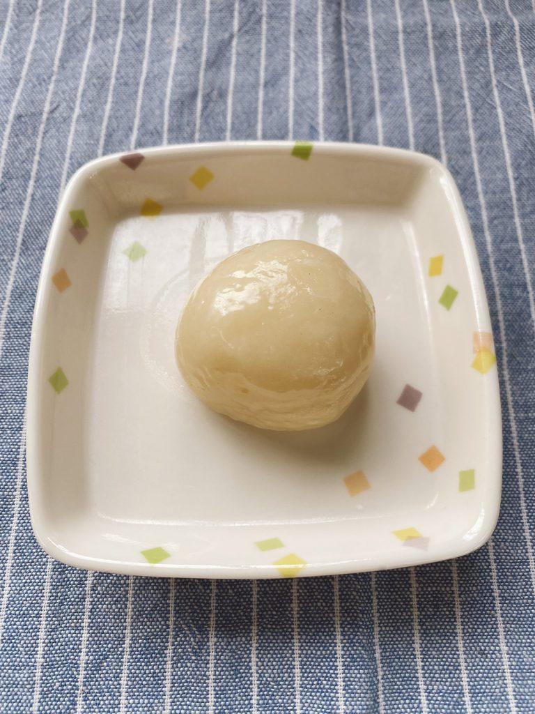 26日のおやつは、チーズまんじゅうでした。