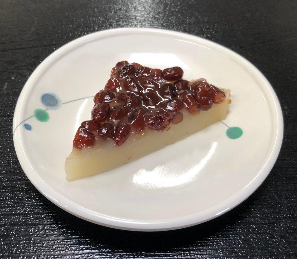 きょうのおやつは、水無月(京都のお菓子)でした。古くから6月30日に、残りの半年、無病息災を願い食べるお菓子だそうです。