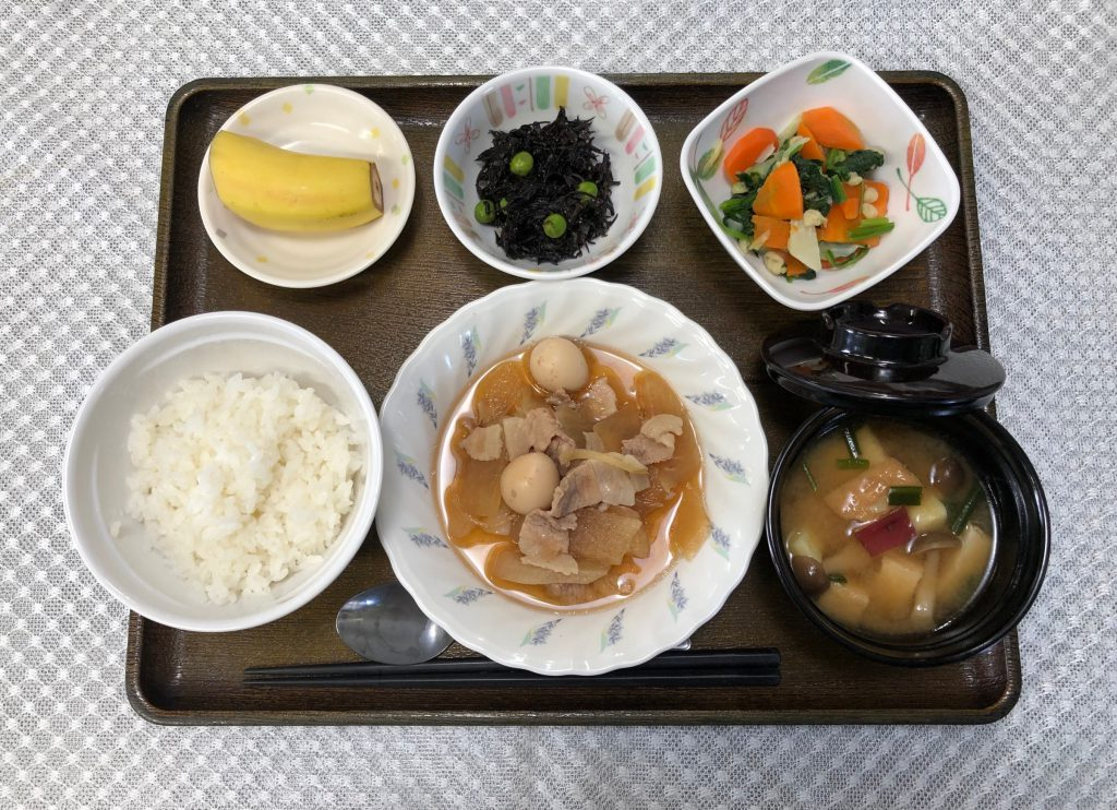10月14日きょうのお昼ごはんは、豚肉と大根のこってり煮・お浸し・ひじきの酢みそ和え・みそ汁・くだものでした。